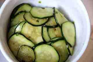 Fried Seasoned Zucchini (호박볶음 hobak bokkeum)