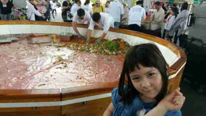 Finishing the bibimbap at the Seoul Food Festival