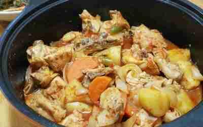 Recipe: DakBokkeumTang 닭볶음탕 (Otherwise known as DakDoriTang 닭도리탕)